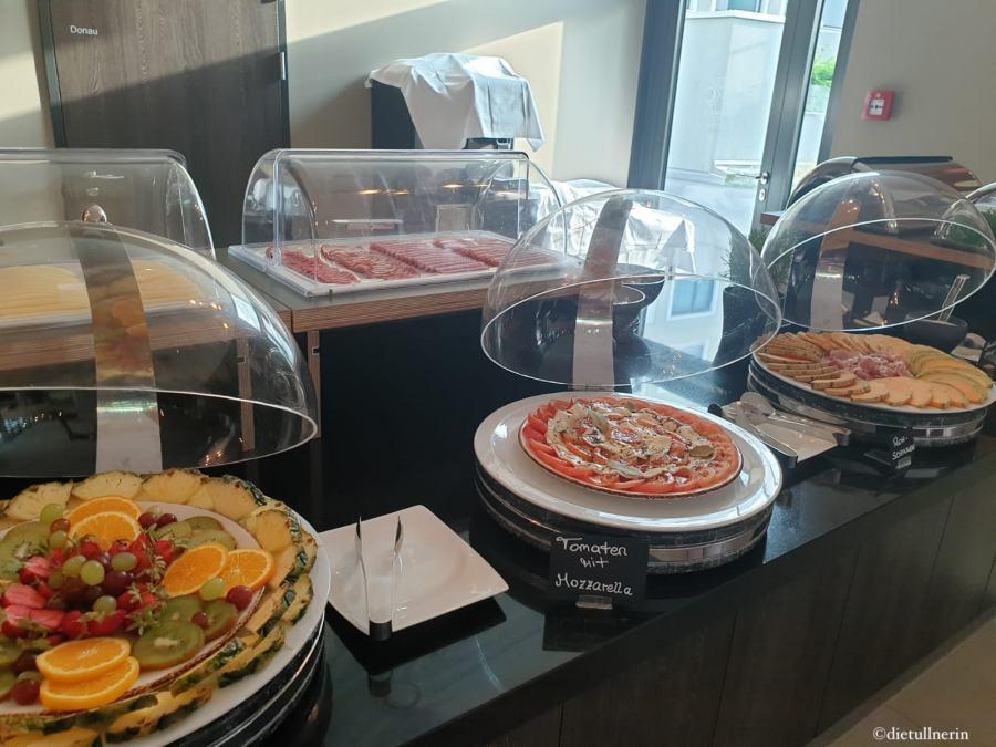 Frühstücks-Buffet_Diamond City Hotel