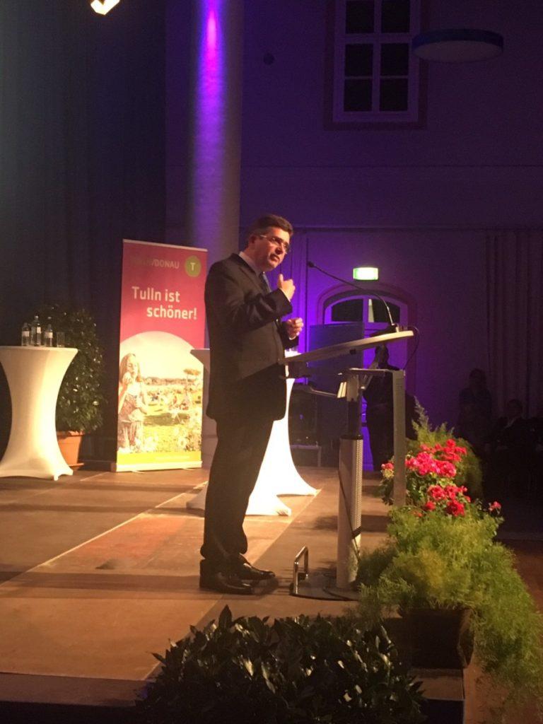 Mag. Eisenschenk bei seiner Rede