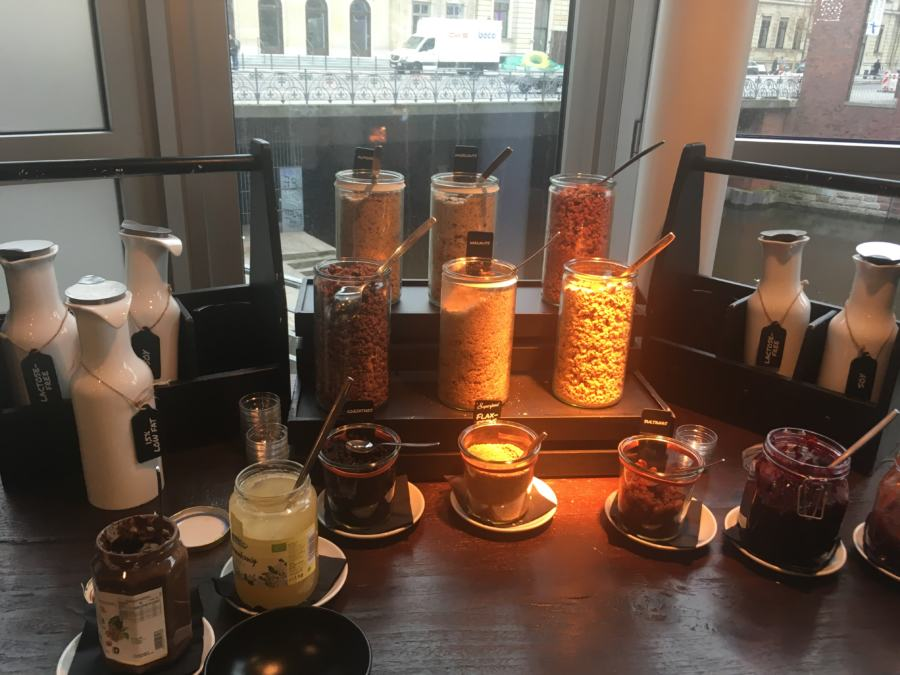 Müsli & Marmelade-Bar