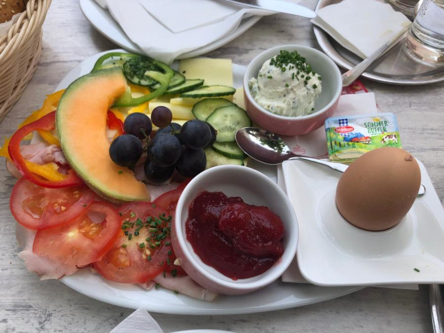 Verwöhn-Frühstück