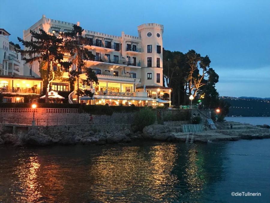 Miramar mit Villa Neptun